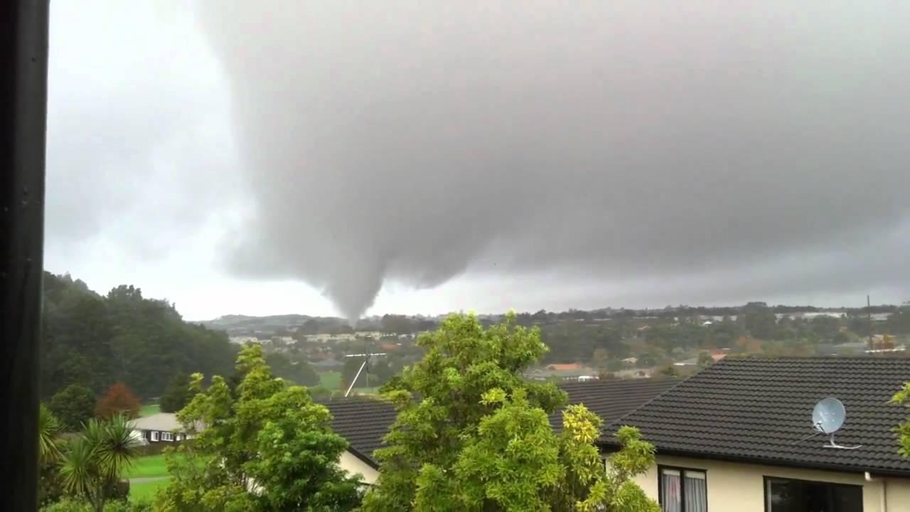 Albany tornado, Auckland